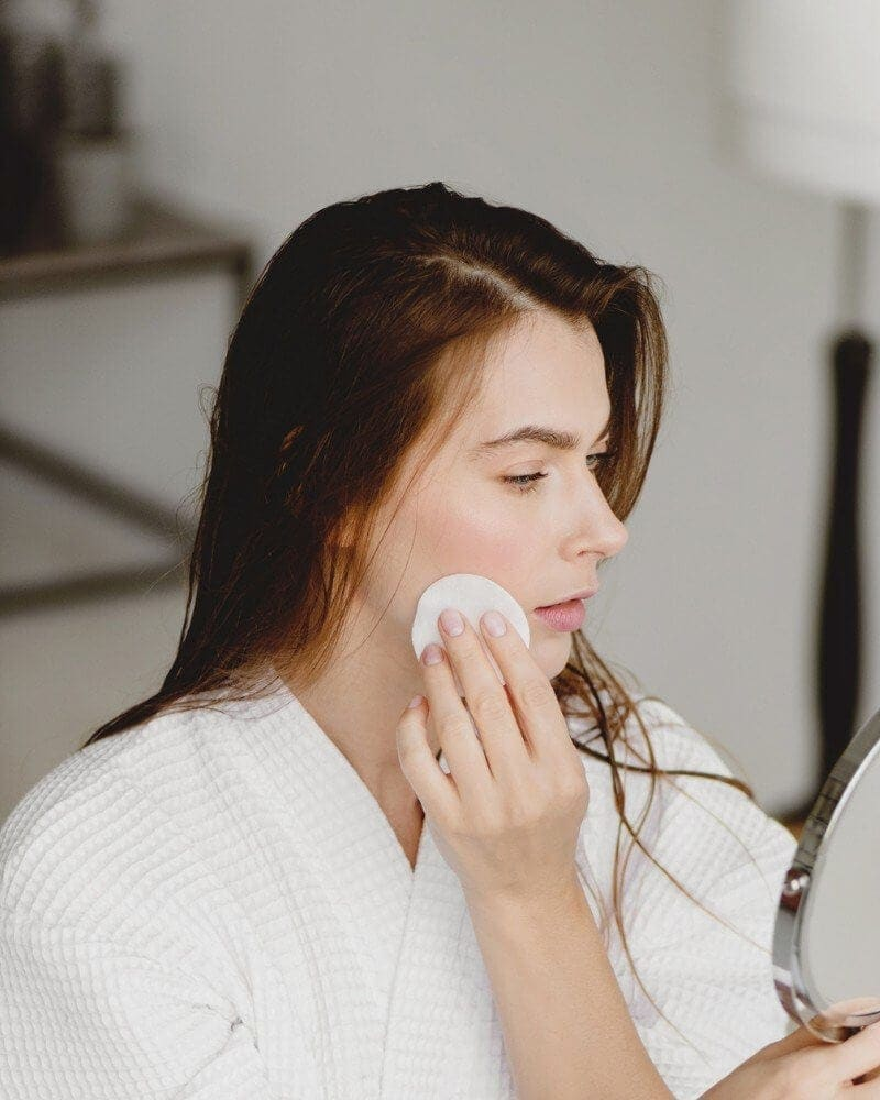 Why You Have Dehydrated Skin and How to Fix It
