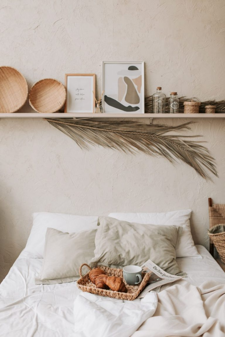 10 Tips for a Perfect Guest Bedroom