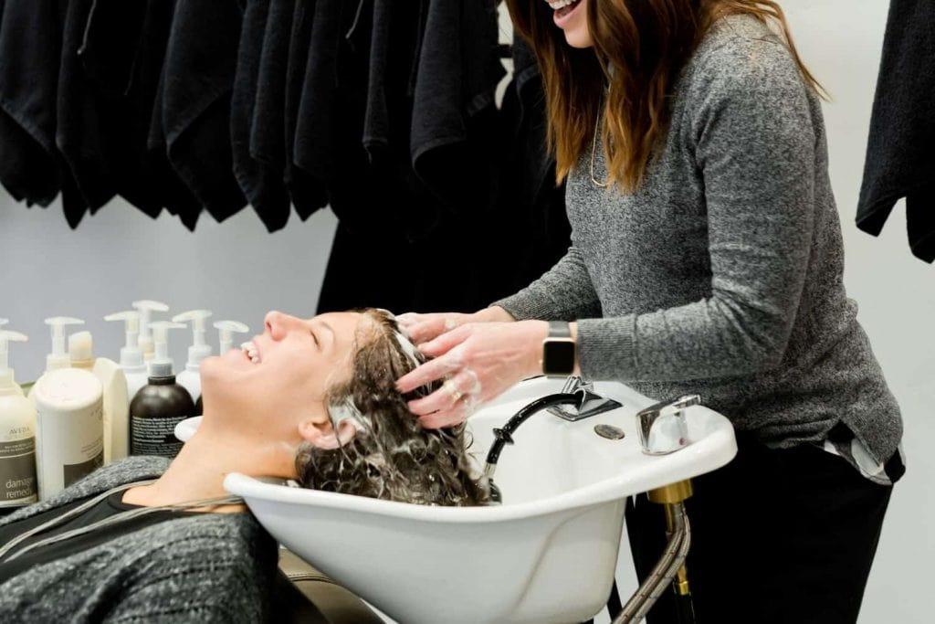 blue shampoo vs purple shampoo for brown hair