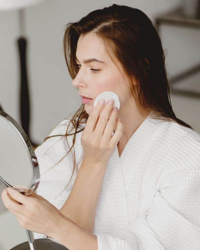 Blind Pimples: How To Get Rid Of Pimples Under The Skin