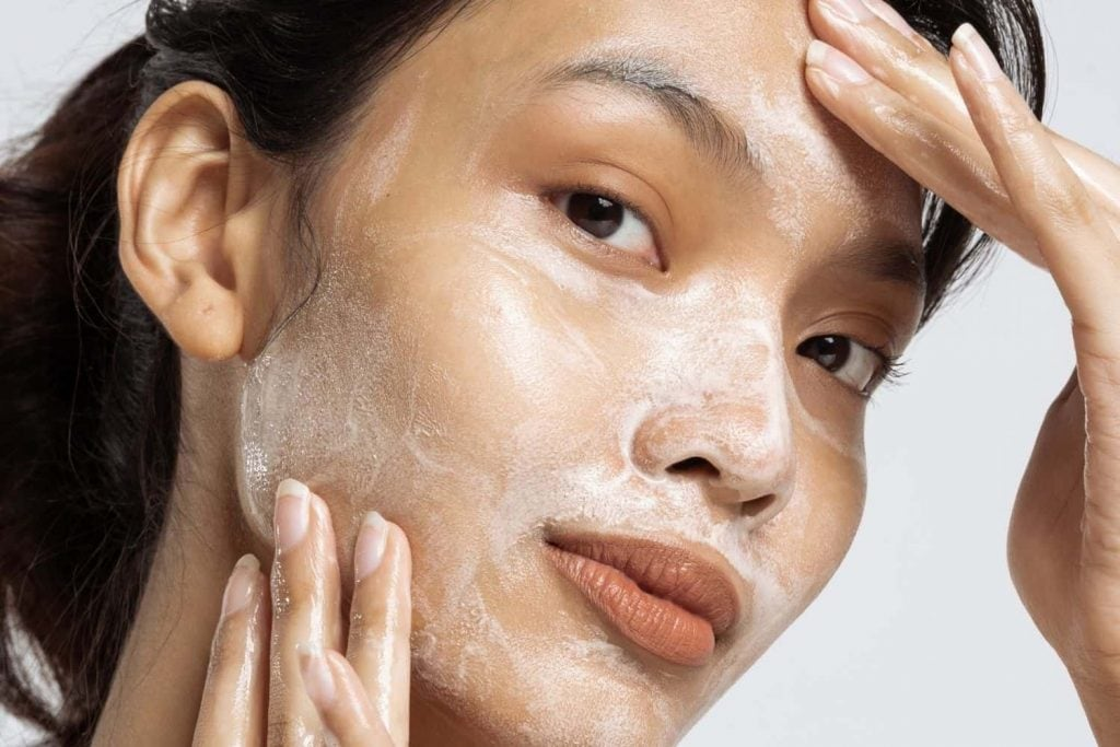 are oil based cleansers good
