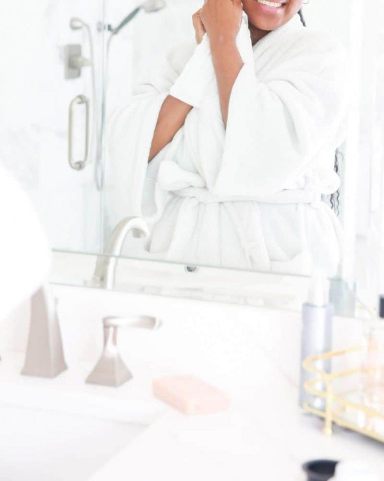 Cleansing Balm Vs Oil: What's The Difference?